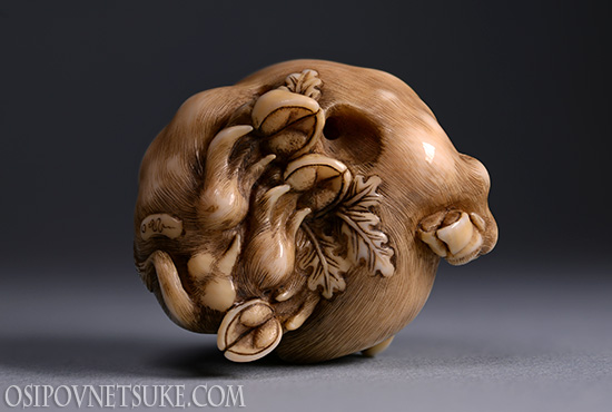 The Happy Boar 2 Netsuke