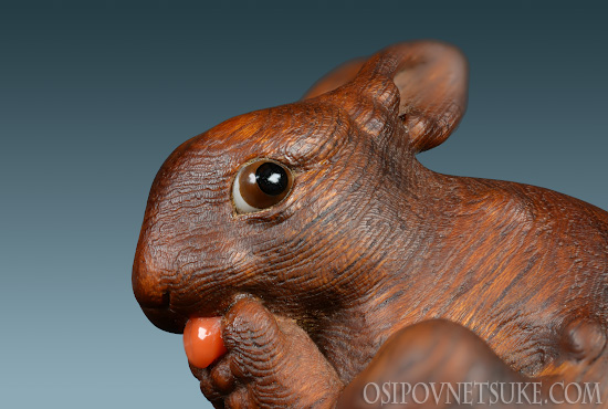 The Lick-lick Rabbit Netsuke